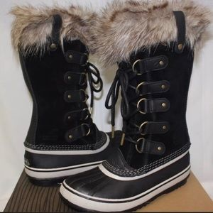 Sorel boots size 7.5 - good condition!